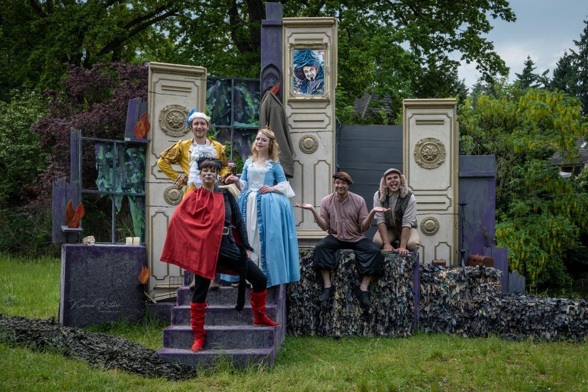 """""""Der gestiefelte Kater"""" feiert heute auf Burg Satzvey Premiere – Metropol Theater Köln"""
